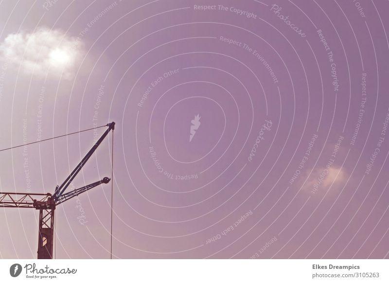 Kran Baustelle Handwerk Arbeit & Erwerbstätigkeit Himmel Farbfoto Gedeckte Farben Außenaufnahme Tag Starke Tiefenschärfe