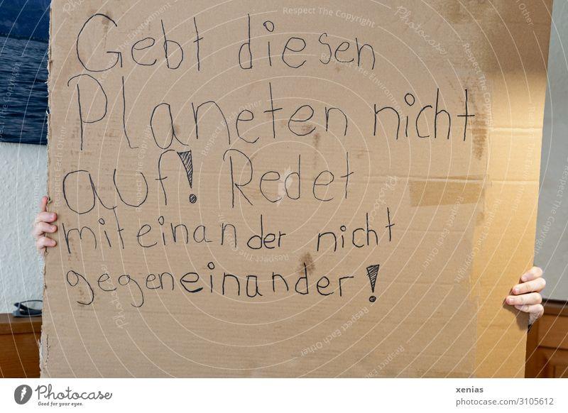 freitags sprechen Umwelt Erde Finger schreiben Zukunftsangst Karton Klimawandel Mitteilung Demonstration