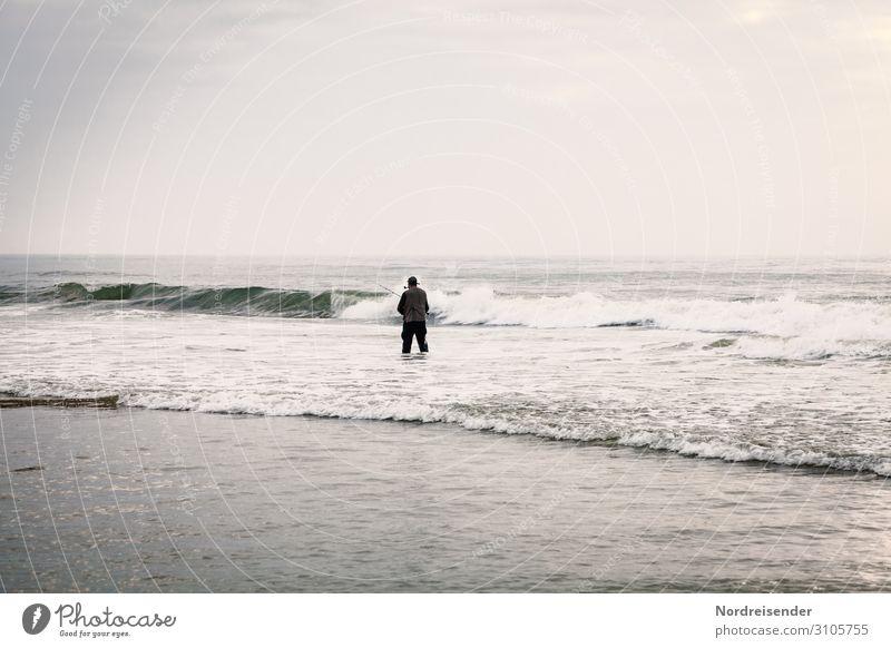 Der Angler in der Brandung Freizeit & Hobby Angeln Meer Mensch maskulin Mann Erwachsene Natur Landschaft Wasser Himmel Wolken Wellen Küste Strand Nordsee Ostsee