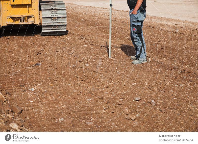 Latte halten Berufsausbildung Azubi Arbeit & Erwerbstätigkeit Handwerker Arbeitsplatz Baustelle Wirtschaft Werkzeug Maschine Baumaschine Messinstrument