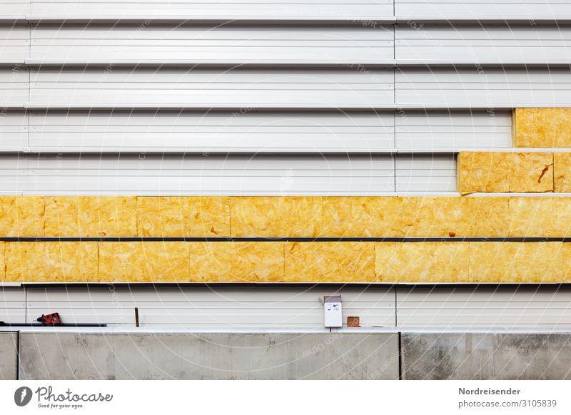 Verlegen der Wärmedämmung an einer Industriefassade Architektur Wand Gebäude Mauer Fassade Arbeit & Erwerbstätigkeit Metall Wachstum Energie Beton Baustelle