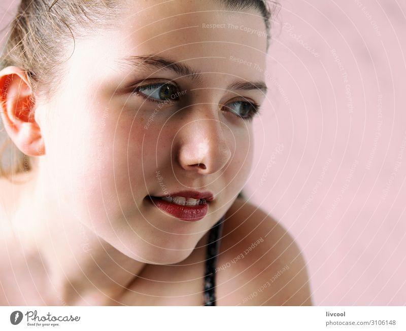 mein kleines Modell III, Spanien Lifestyle schön lesen Kind Schule Mensch feminin Mädchen Junge Frau Jugendliche Erwachsene Kindheit Kopf Gesicht Auge Ohr Nase