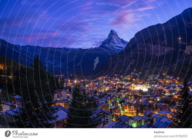 Blue hour @ Matterhorn wandern Bergsteigen Himmel Sonnenaufgang Sonnenuntergang Alpen Berge u. Gebirge Kanton Wallis Gipfel Schneebedeckte Gipfel Zermatt