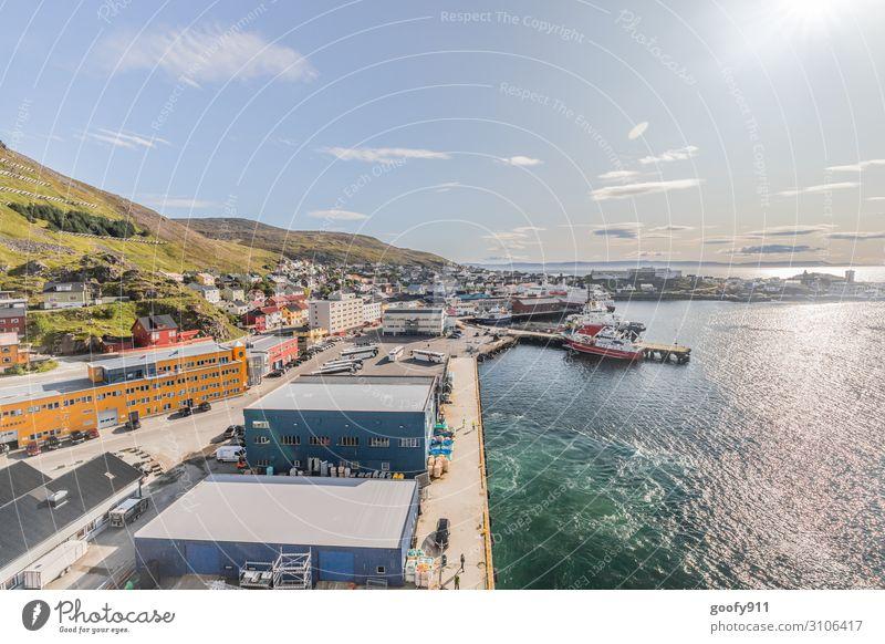 Honningsvag (Norwegen) Ferien & Urlaub & Reisen Tourismus Ausflug Abenteuer Ferne Freiheit Sightseeing Städtereise Kreuzfahrt Landschaft Wasser Himmel Wolken