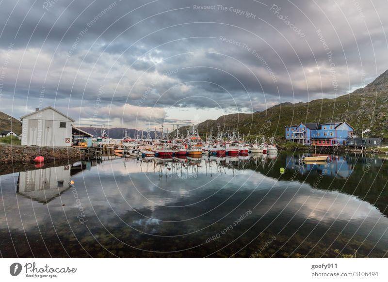 Kleiner Fischerhafen Angeln Ferien & Urlaub & Reisen Ausflug Abenteuer Ferne Freiheit Expedition Natur Landschaft Wasser Himmel Wolken Horizont Sonnenlicht