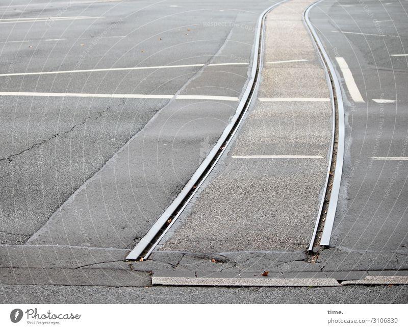 Endstation Verkehr Verkehrswege Autofahren Straße Wege & Pfade Verkehrszeichen Verkehrsschild Asphalt Teer Schienenverkehr Straßenbahn Gleise Eisen Stein Metall