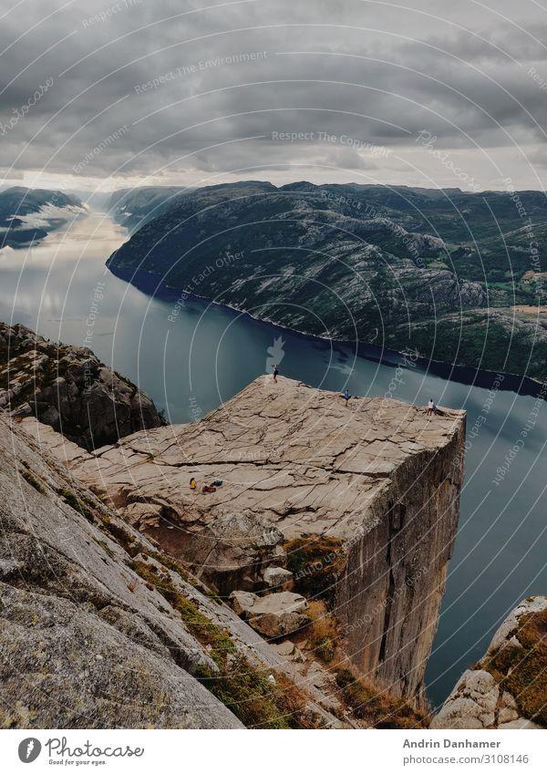 Preikestolen Norway nearly no people Umwelt Natur Landschaft Wasser Himmel Wolken Hügel Felsen Berge u. Gebirge Fjord See Denken Erholung wandern fest groß