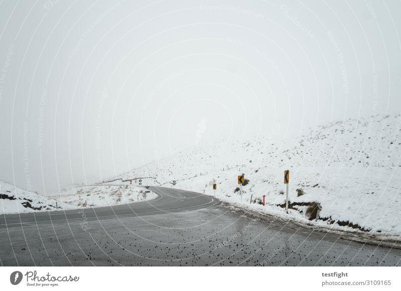 wintereinbruch Natur Landschaft Berge u. Gebirge Straße Umwelt kalt Schnee Schneefall Eis Klima Hügel Unwetter schlechtes Wetter Pass Neuseeland Hochstraße