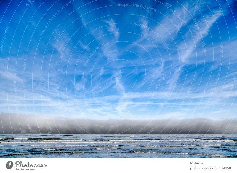 Bewölktes Wetter über dem Meer schön Ferien & Urlaub & Reisen Strand Wellen Umwelt Natur Landschaft Himmel Wolken Horizont Unwetter Wind Nebel Felsen Küste