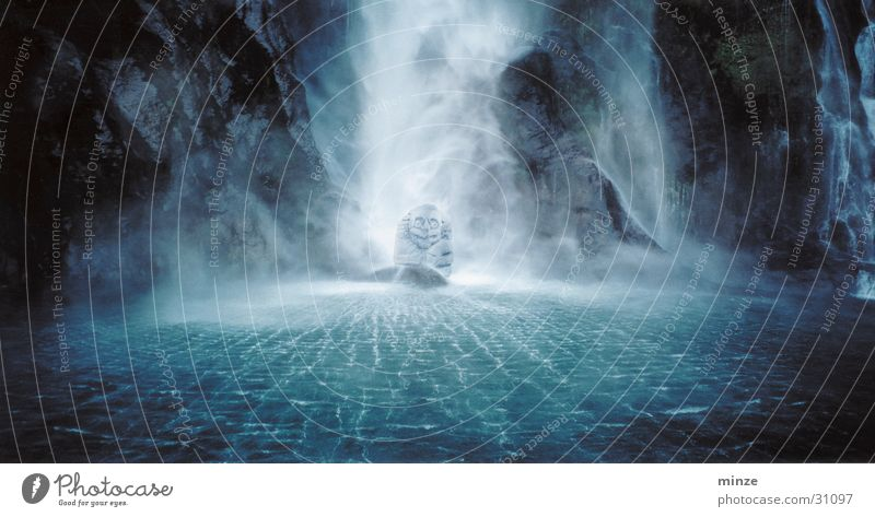 Guru Höhle Neuseeland Lagune geheimnisvoll Wasser Geister u. Gespenster Fee Elfe Stein