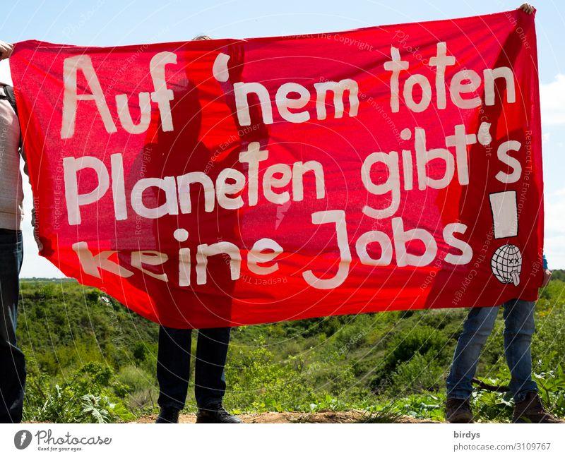 Protest gegen Braunkohle und andere Klimakiller Energiewirtschaft Kohlekraftwerk maskulin feminin 3 Mensch Wolkenloser Himmel Klimawandel Feld Zeichen