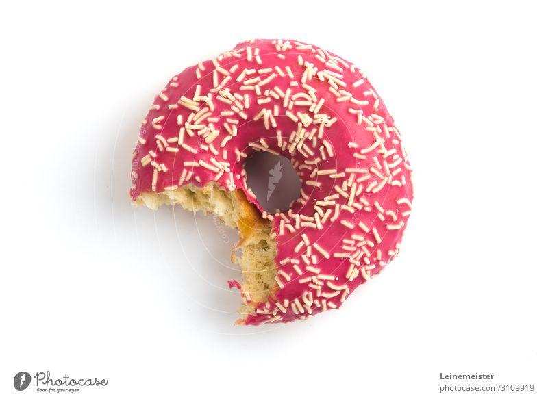 Angebissener Donut Lebensmittel Teigwaren Backwaren Kuchen Süßwaren Krapfen Zucker Streußel Ernährung Essen genießen süß rosa Biss beißen angebissen weiß