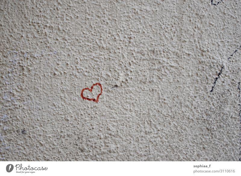 Liebe an der Wand, rotes Herz Zeichen Gefühle Glück Zufriedenheit Optimismus Kraft Akzeptanz Vertrauen Sympathie Freundschaft Zusammensein Verliebtheit Treue