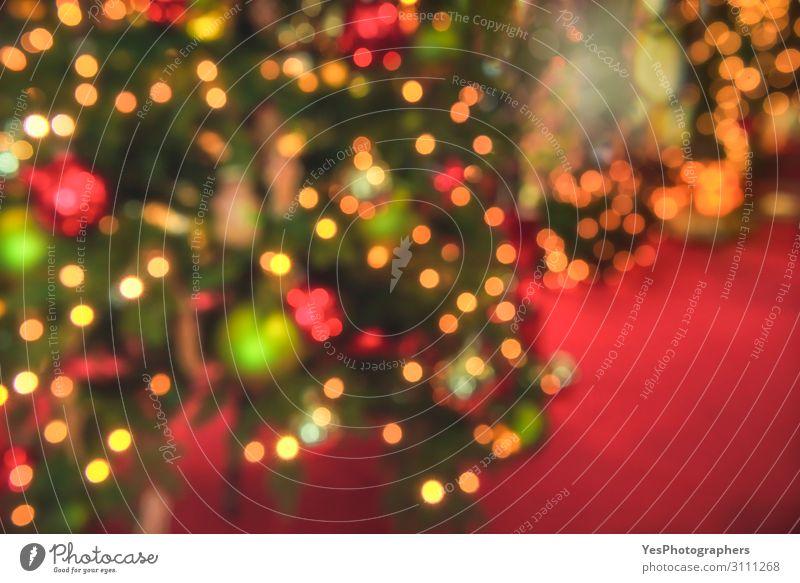 Weihnachtsbaumbeleuchtung defokussierte den Hintergrund. Weihnachtskulisse Glück Dekoration & Verzierung Feste & Feiern Weihnachten & Advent