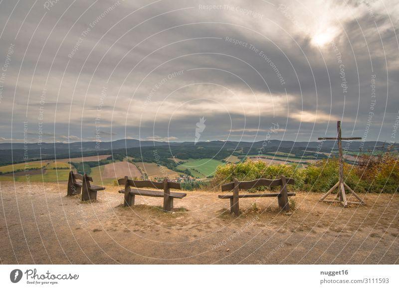 Hörselberg 4 Bänke Gipfelkreuz Himmel Ferien & Urlaub & Reisen Natur Sommer Pflanze grün Landschaft Baum Wolken Wald Berge u. Gebirge Herbst gelb Umwelt