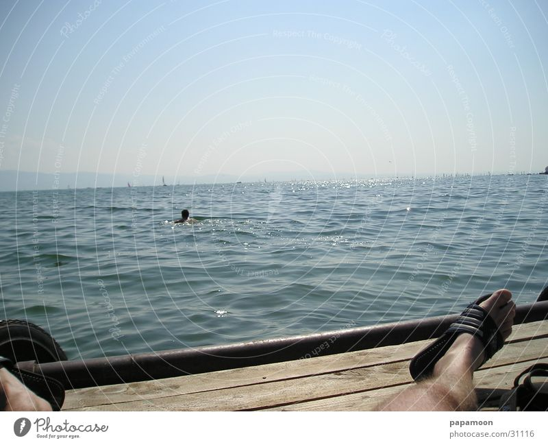 lazy in the sun See Steg Schwimmsportler Wellen Bodensee Sonne Briese Schwimmen & Baden
