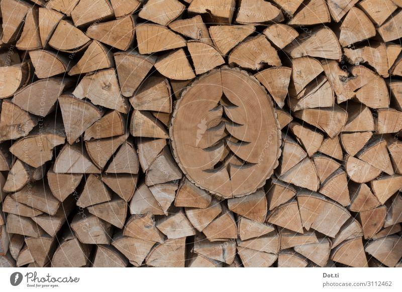 Laubsägearbeit Holz braun Dekoration & Verzierung Weihnachtsbaum Stapel Brennholz Baumscheibe