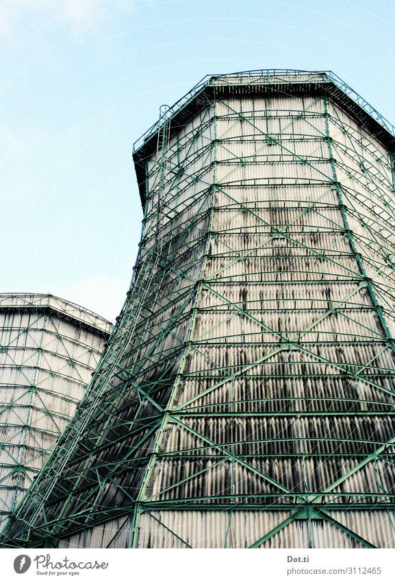 cooldown Energiewirtschaft Industrie Himmel hoch Umweltverschmutzung Umweltschutz Kühlturm Stahlträger Abluft Heizkraftwerk Stahlkonstruktion Farbfoto