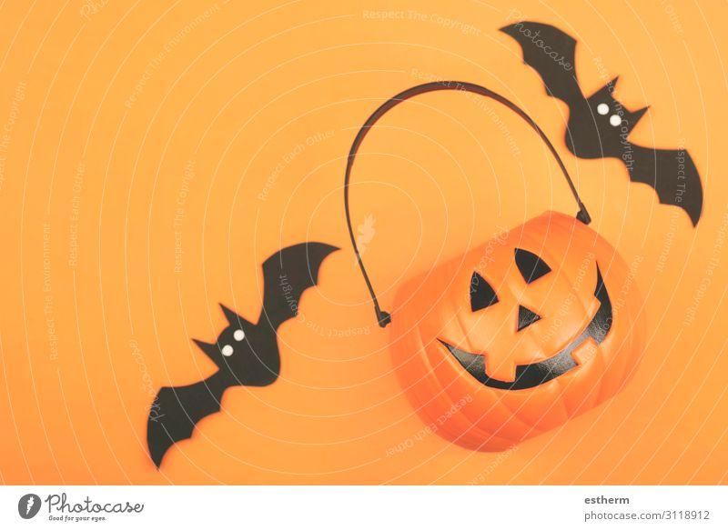 Frohes Halloween. Halloween Kürbis mit Fledermäusen Design Feste & Feiern Herbst Tier Spinne bedrohlich lustig orange schwarz Tod Angst Entsetzen geheimnisvoll