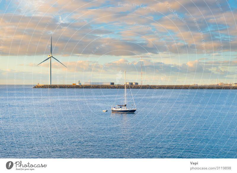 Landschaft mit Bucht, Wellenbrecher, Windmühle und Yacht Lifestyle schön Freizeit & Hobby Angeln Ferien & Urlaub & Reisen Tourismus Abenteuer Ferne Freiheit