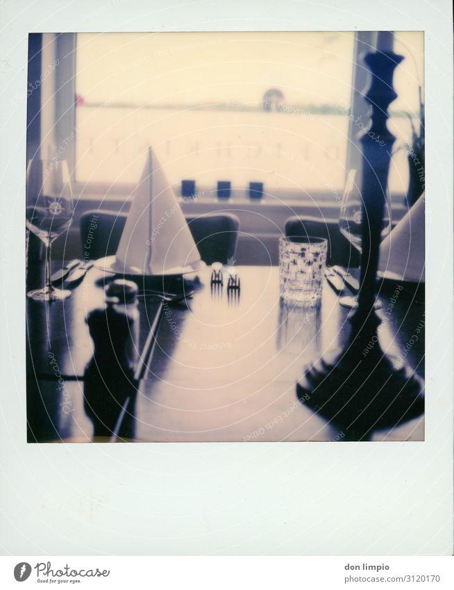 Restaurant Ernährung Gastronomie Kultur Erwartung genießen Ordnung Qualität Dienstleistungsgewerbe Stimmung Polaroid Gedeckte Farben Innenaufnahme Nahaufnahme