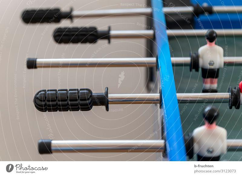 Ankick Freizeit & Hobby Spielen Spielzeug wählen Tischfußball Sportmannschaft Gegner Erfolg Bewegung Farbfoto Innenaufnahme Nahaufnahme Menschenleer