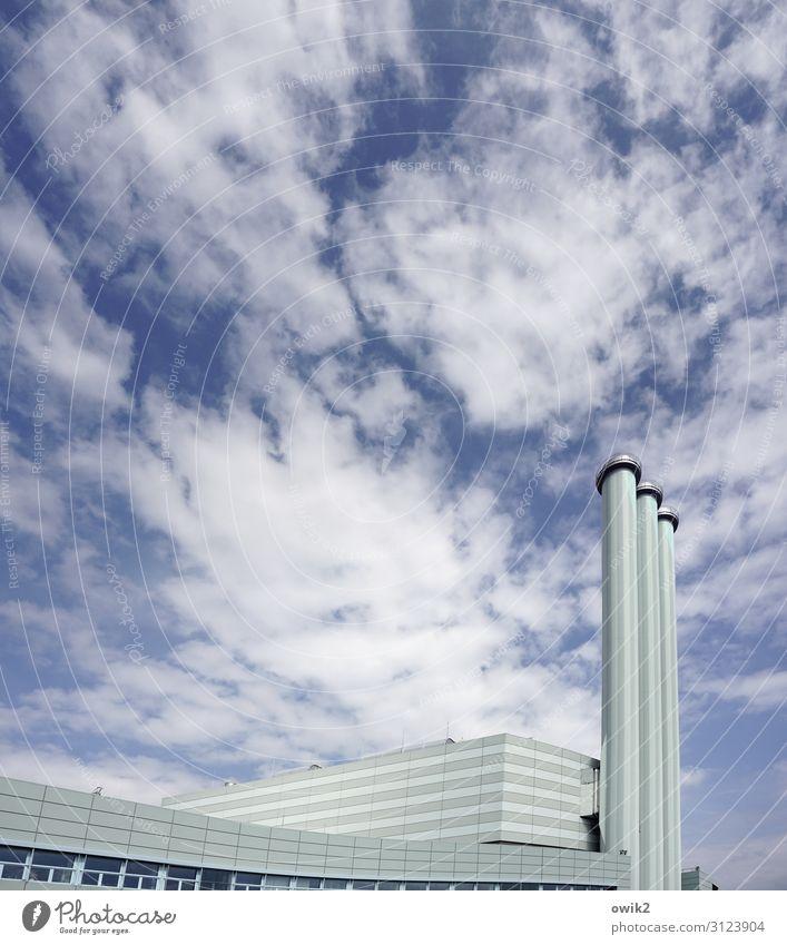 Sauber in die Zukunft Himmel Wolken Schönes Wetter Dresden Deutschland Industrieanlage Fabrik Gebäude Architektur Schornstein hoch modern Stadt Farbfoto