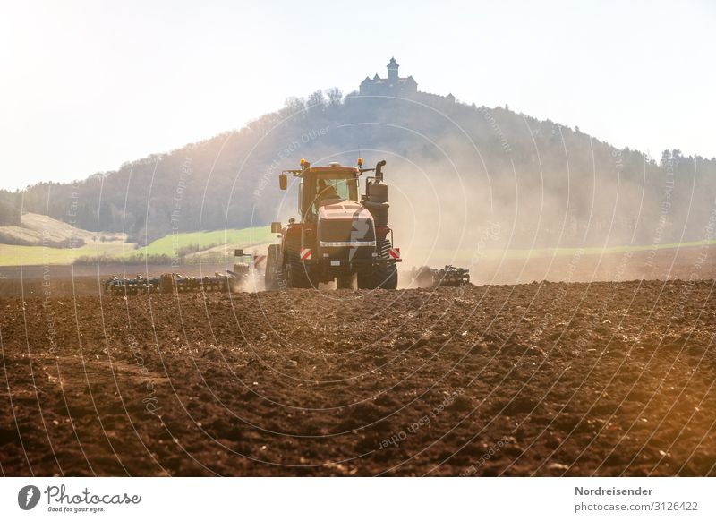 Moderne Landwirtschaft Arbeit & Erwerbstätigkeit Beruf Wirtschaft Forstwirtschaft Maschine Technik & Technologie Fortschritt Zukunft High-Tech Landschaft Erde