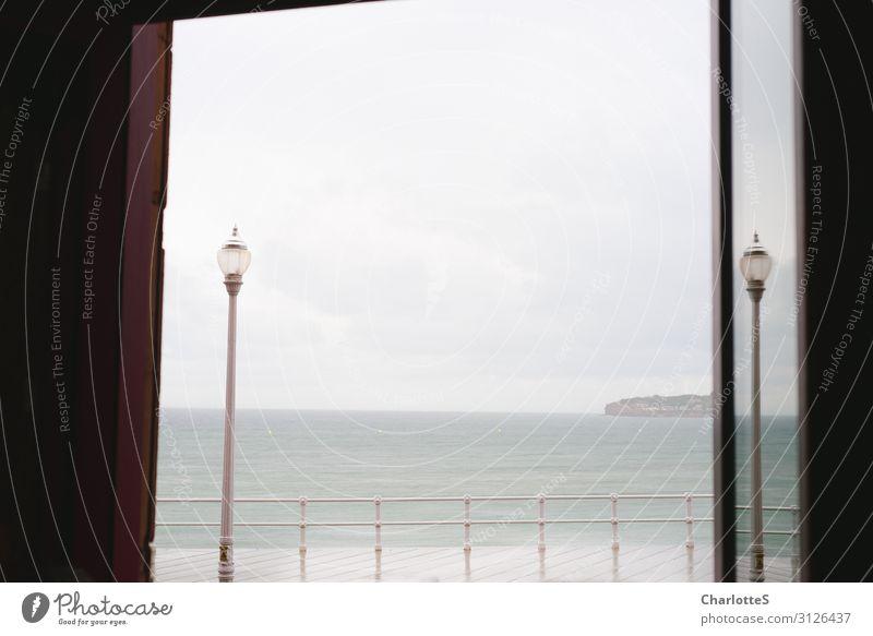 Zwischen Natur Landschaft Meer Erholung ruhig Ferne Strand Leben Herbst Schwimmen & Baden Design Zufriedenheit Wellen elegant Insel Wind