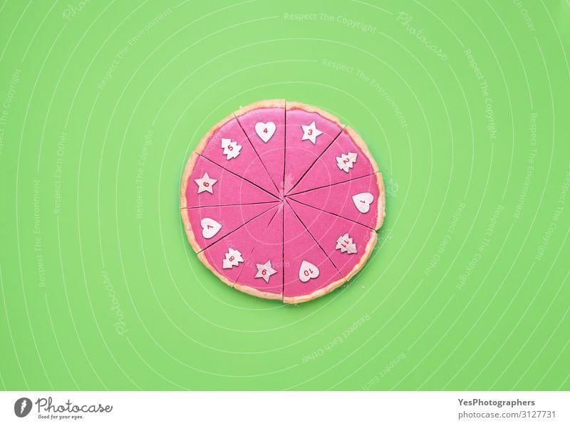 Rosa Schokoladenkuchen in Scheiben geschnitten und Weihnachts-Adventskonzept Dessert Winter Feste & Feiern Weihnachten & Advent Ziffern & Zahlen rosa Tradition