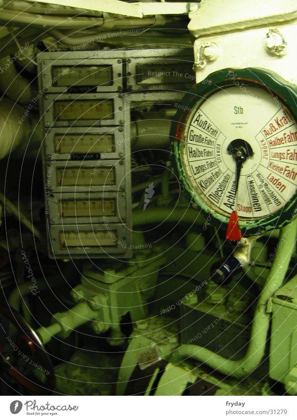 Uboot Innereien U-Boot Geschwindigkeit 1945 Elektrisches Gerät Technik & Technologie U 995 Absicherung Schleichfahrt Anzeige