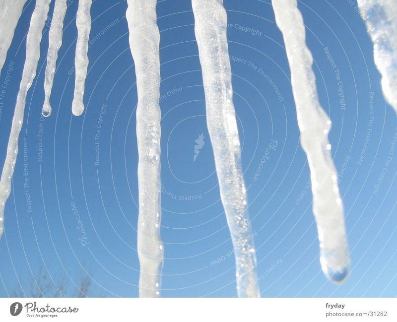 o' zapft is III Himmel blau Eis gefroren Eiszapfen