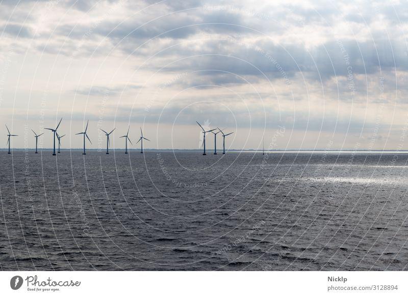 Offshore Windpark Lillgrund, Schweden/Dänemark Nordsee (3) Technik & Technologie Erneuerbare Energie Windkraftanlage Energiekrise Umwelt Wasser Himmel Wolken