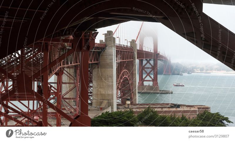 Golden Gate Bridge von Unten, San Franzisko Ferien & Urlaub & Reisen Tourismus Ausflug Abenteuer Ferne Meer Technik & Technologie San Francisco