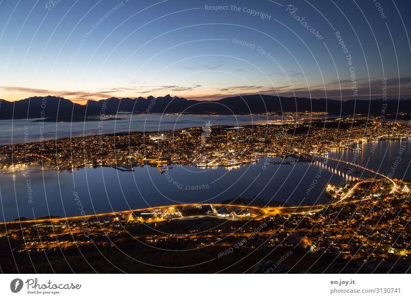 bevor der Nebel kam Ferien & Urlaub & Reisen Tourismus Ausflug Ferne Sightseeing Städtereise Nachthimmel Sonnenaufgang Sonnenuntergang Bucht Fjord Insel Tromsø