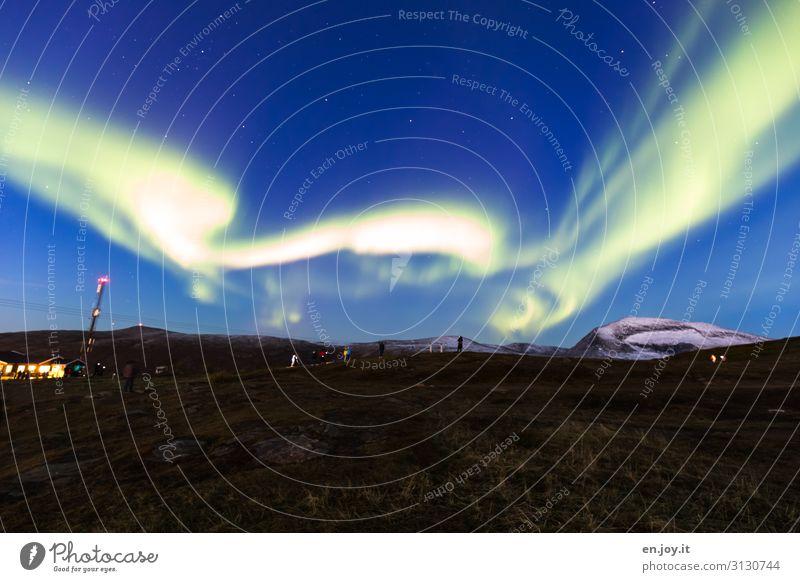 Firlefanz | schneller Springtanz Mensch Ferien & Urlaub & Reisen Natur Landschaft Umwelt Wiese Tourismus Ausflug Energie Klima Surrealismus Skandinavien