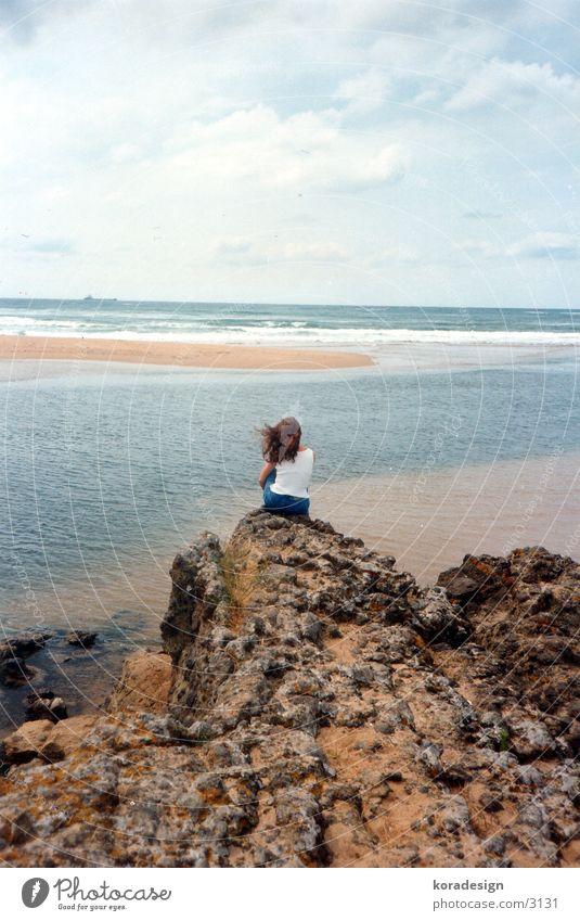 Einsamkeit Meer See träumen riva Wasser Felsen