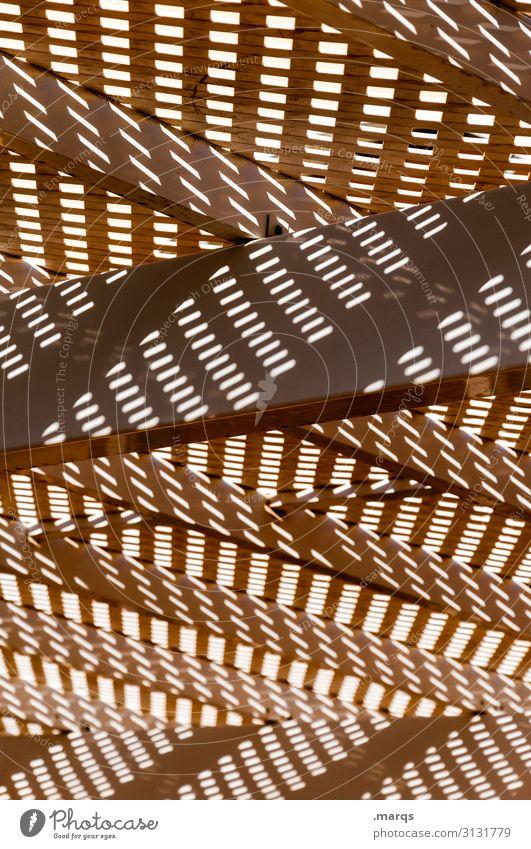 Licht und Schatten Holz Balken Lichtspiel Schattenspiel chaotisch Ordnung Linien Muster Schattenwurf Komplexität