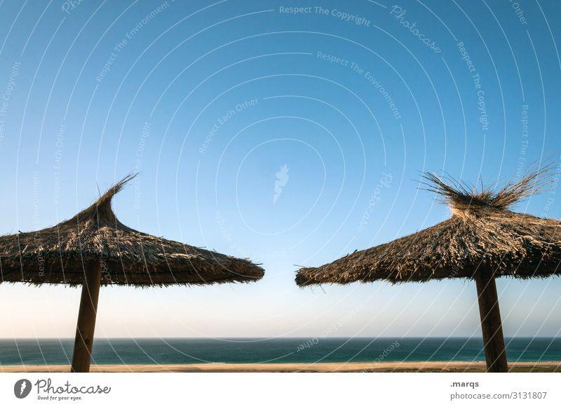 Sonnenschirme Schönes Wetter Sonnenlicht Sommerferien Ferien & Urlaub & Reisen erholen heiß Himmel Urlaubsstimmung Meer Strand