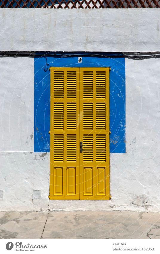 paint it black? Ferien & Urlaub & Reisen blau gelb Tür geschlossen Mallorca Intimität