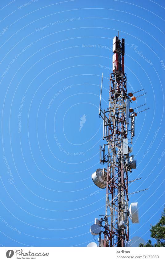 Mallorca | Puig de Sant Salvador 509 m Spanien Balearen Aussicht Berge u. Gebirge Höhe oben Antenne Mast Telefonmast Sendemast Funktechnik Strahlung Himmel blau