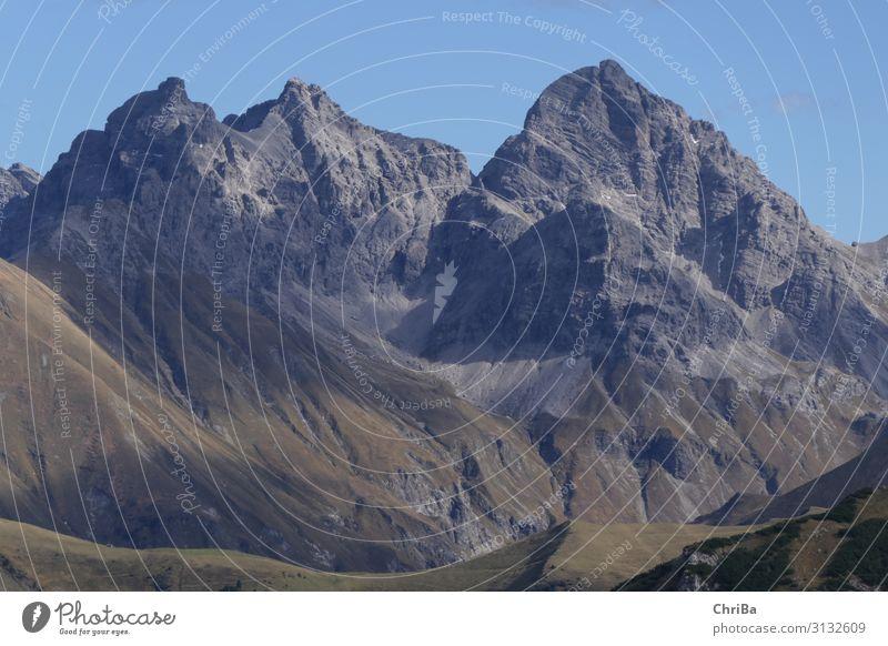 In den Bergen harmonisch Zufriedenheit Sinnesorgane Erholung ruhig Meditation Ferien & Urlaub & Reisen Tourismus Ausflug Freiheit Berge u. Gebirge wandern