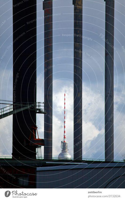 Berliner Fernsehturm Alexanderplatz Großstadt Deutschland funk-und-ukw-turm Hauptstadt Stadtzentrum Menschenleer Funkturm Sender Textfreiraum Tourismus Turm