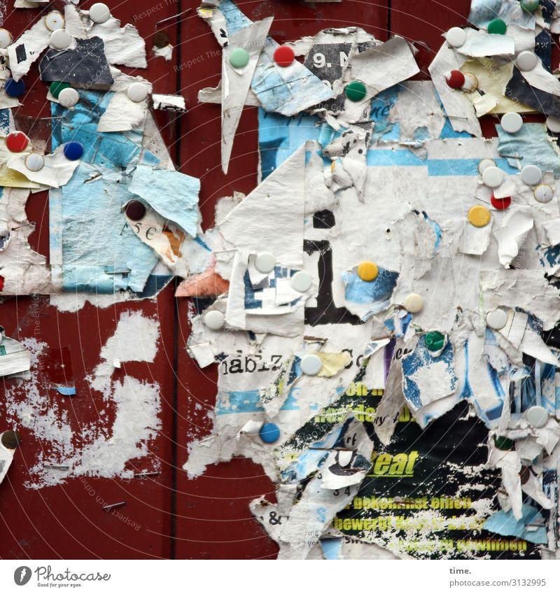 getackerter | Firlefanz Papier Reißzwecken Schwarzes Brett Fetzen Demontage Zeichen Schriftzeichen Ziffern & Zahlen Schilder & Markierungen alt gruselig kaputt