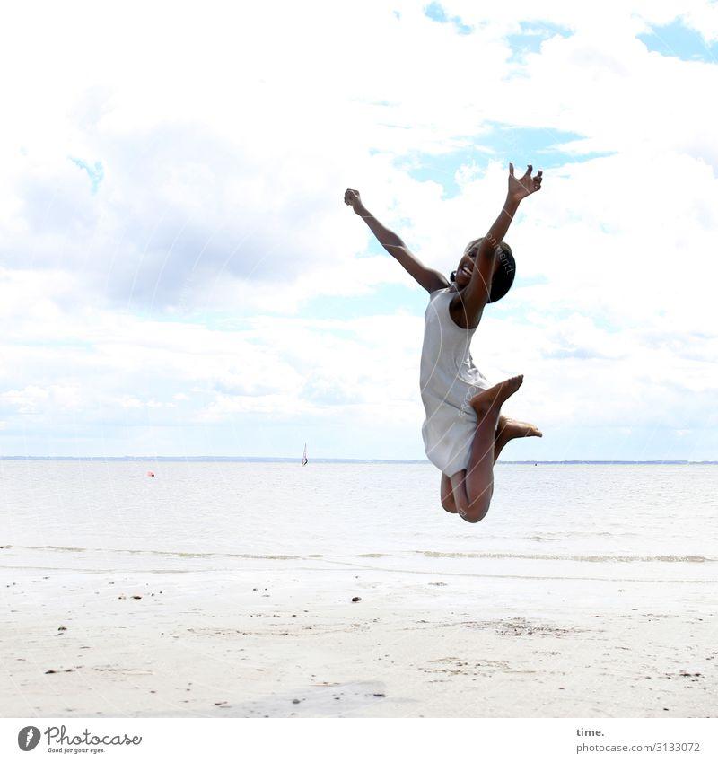 next level feminin Mädchen 1 Mensch Umwelt Natur Landschaft Sand Himmel Wolken Horizont Schönes Wetter Küste Strand Ostsee Kleid schwarzhaarig langhaarig