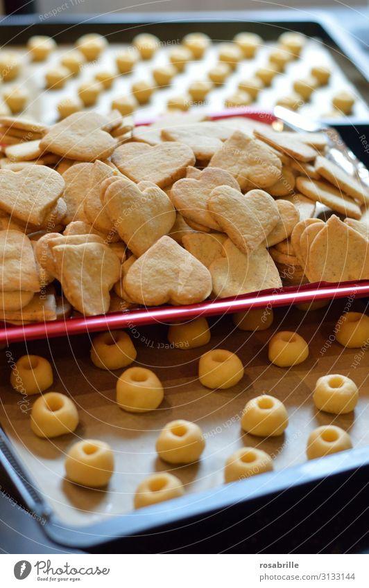 Weihnachtbäckerei Teigwaren Backwaren Küche Weihnachten & Advent Herz Liebe frisch lecker süß Vorfreude Tradition Plätzchen Weihnachtsbäckerei backen