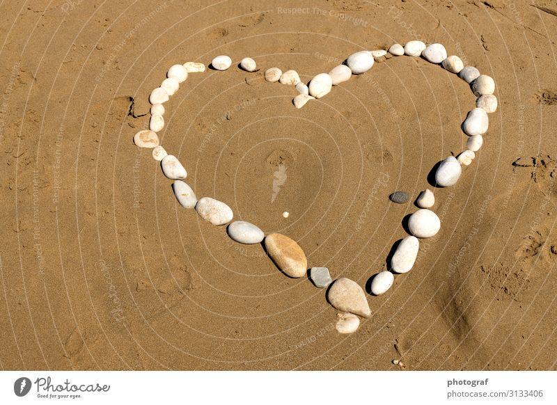 Herz Umwelt Natur Urelemente Sand Stein berühren Bewegung Duft genießen hängen Küssen Lächeln lachen Liebe Gesundheit Glück positiv Freundschaft Zusammensein