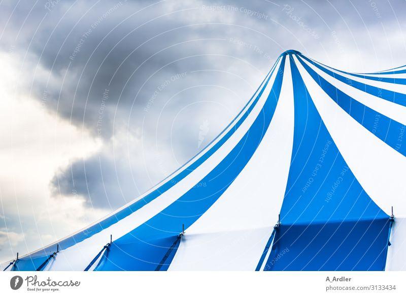 Zirkuszelt blau Farbe weiß Wolken Feste & Feiern Party Stimmung rund Streifen Show Kunststoff Veranstaltung Karneval Konzert Zoo Bühne