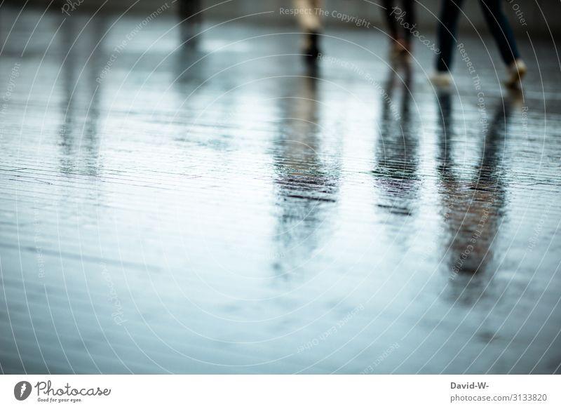 Unscharf l bei Regenwetter Lifestyle kaufen elegant Stil Business Mensch maskulin feminin Frau Erwachsene Mann Leben Menschengruppe Menschenmenge Herbst