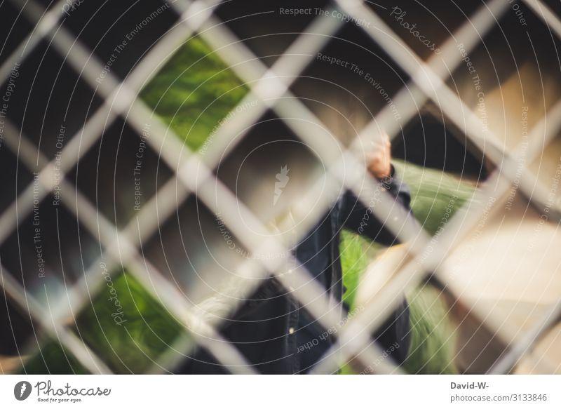 verschwimmen Mensch Mann Lifestyle Erwachsene Leben Kunst gehen maskulin träumen Kultur beobachten Gemälde Zaun verfallen Theaterschauspiel Surrealismus